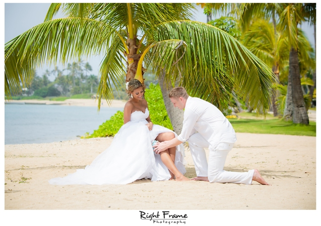 142_Hawaii Wedding Photographer Kahala Beach