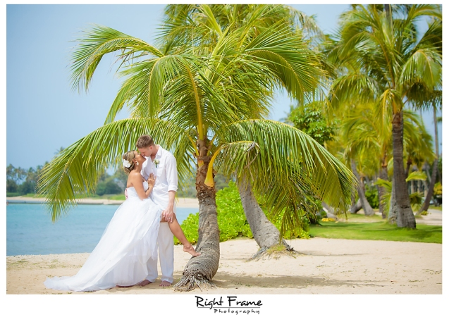 143_Hawaii Wedding Photographer Kahala Beach
