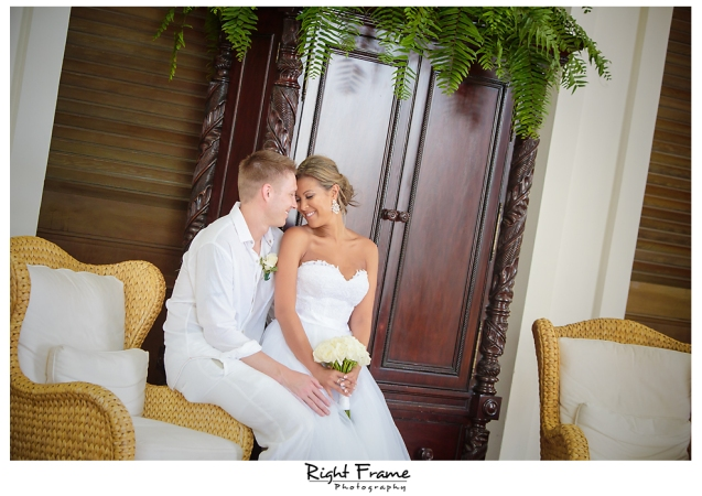 145_Hawaii Wedding Photographer Kahala Beach