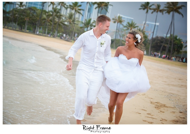 147_Hawaii Wedding Photographer Kahala Beach