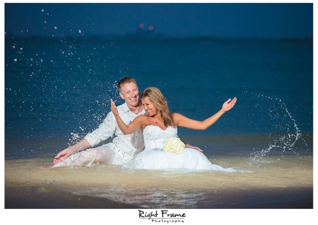 155_Hawaii Wedding Photographer Kahala Beach
