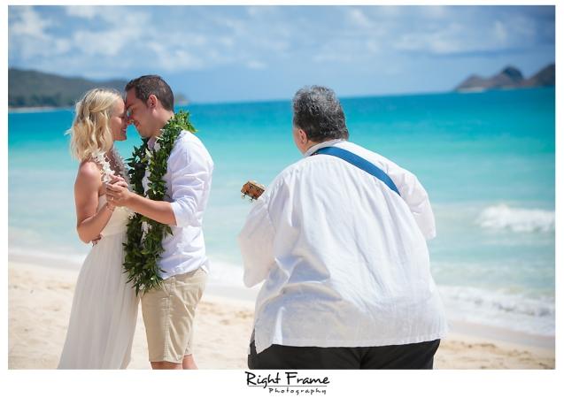 204_hawaii beach weddings oahu