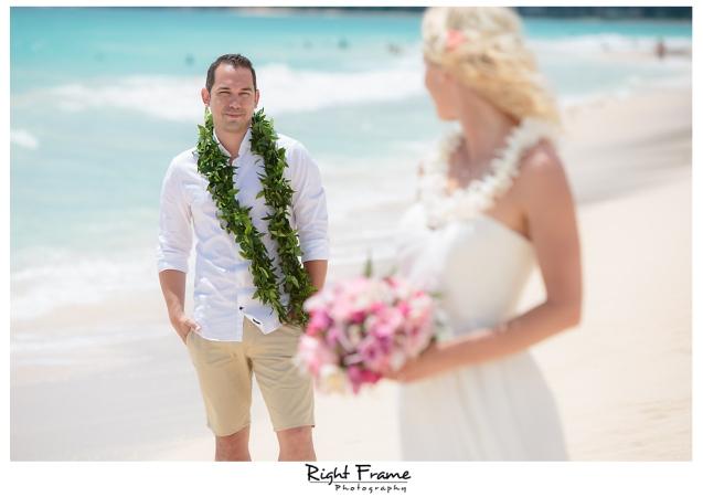 216_hawaii beach weddings oahu