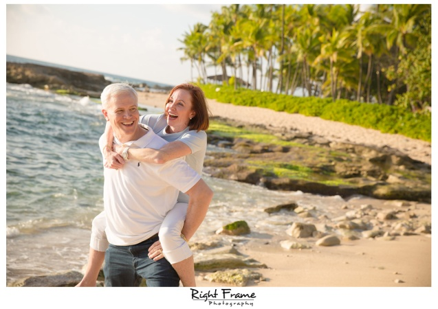 Sunset Family Portraits on Oahu Hawaii