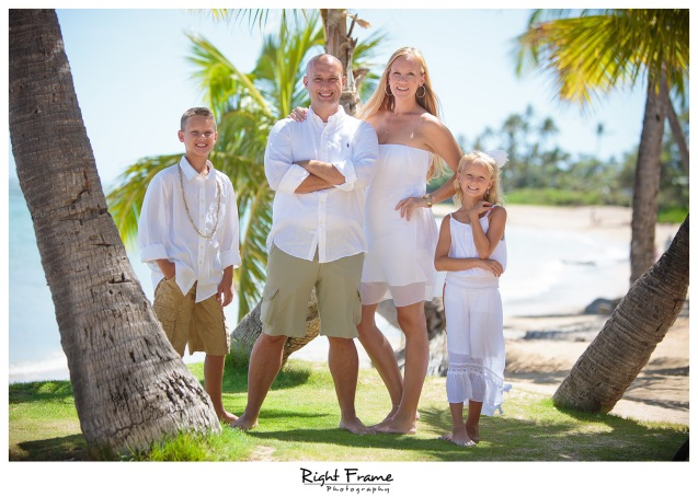 Family photographer near kahala Hotel & Resort