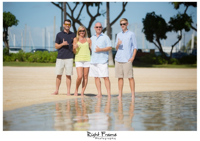 Waikiki Beach Family Photography