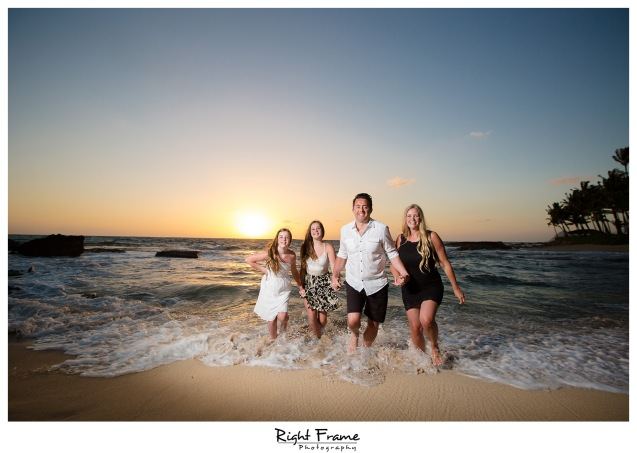 Sunset Family Pictures near Marriott Ko Olina Beach Club