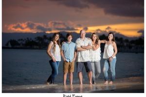 The Best Family Sunset Portraits in Waikiki Beach