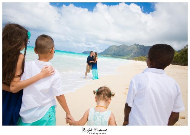 Hawaii Family Photos at the Beach