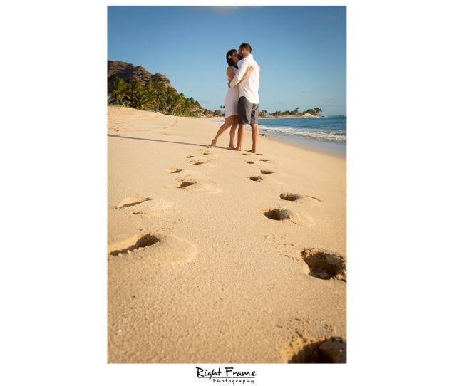 Romantic Hawaii Engagement Sunset Beach Photos