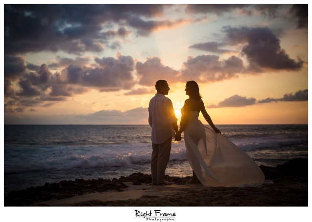 Hawaii Oahu Maternity Photographer