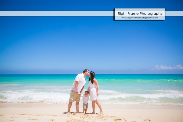 Family Photographer near Kailua Beach