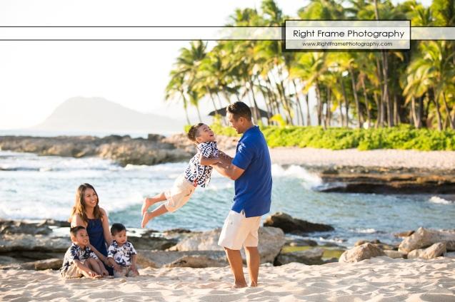 SUNSET FAMILY PORTRAITS near Four Seasons Oahu at Ko'olina