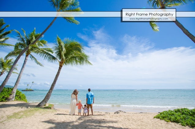 Vacation Photographer in Honolulu Hawaii near Kahala Hotel