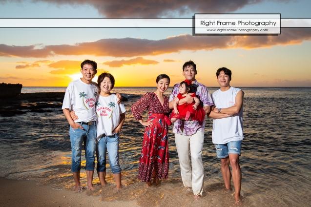 Vacation Photographer in Oahu Sunset Secret Beach