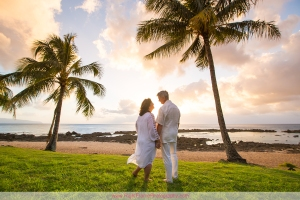 Oahu Anniversary Photographer