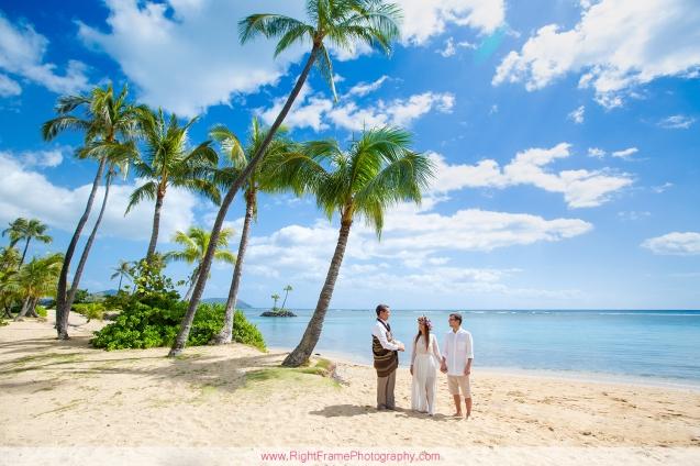 rev. kimo taylor Elopement Photographer Honolulu Hawaii